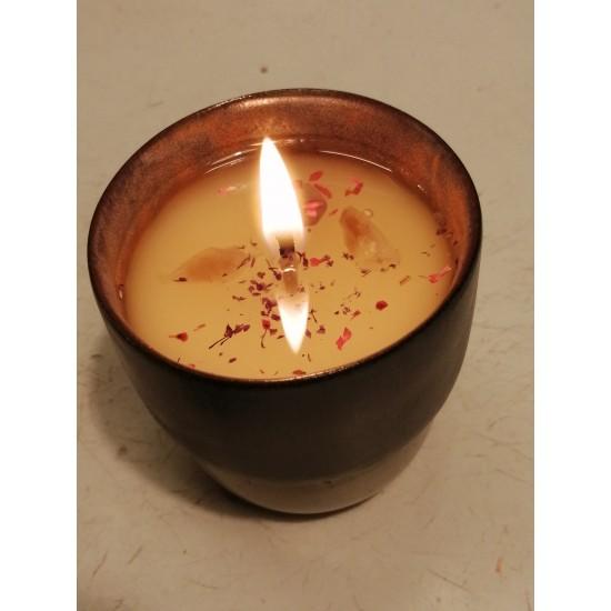 B.iz OSSO 160 ml - Ametist+Citrine Taşlı - Soya & Coconut Mumu - Sukha (Sandal Ağacı)